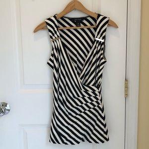 WHite House Black Market whbm black/white shirt